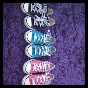 3 pairs of converse